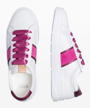 Style Sofia Sneaker