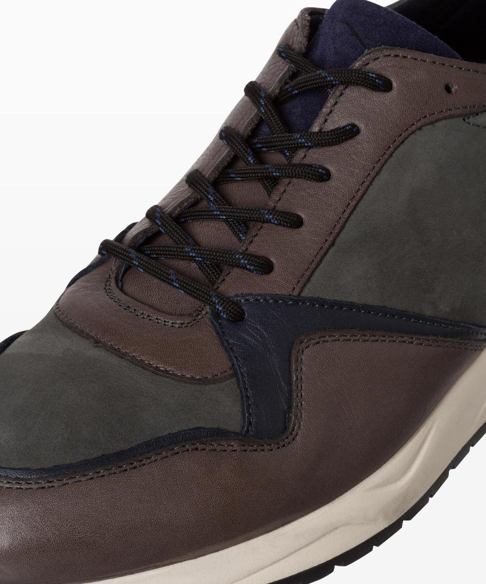 Style Alberto Sneaker