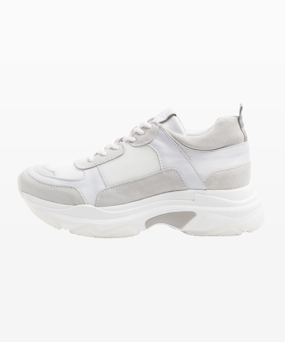 Style Jenna Sneaker